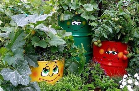 Мы подобрали для вас самые интересные идеи, которые преобразят ваш сад и выделят его среди множества других.