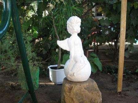 Если вам хочется сделать что-то посложнее грибочков, создайте скульптуру ангела.