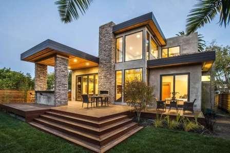 Конечно, на этапе проектирования дачи очень важно позаботиться о том, чтобы с террасы открывался хороший вид.