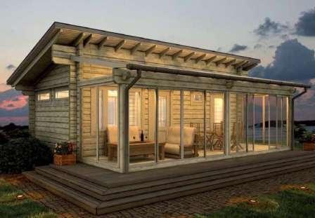 Светопрозрачные конструкции — актуальная тенденция в возведении веранд на загородном участке.